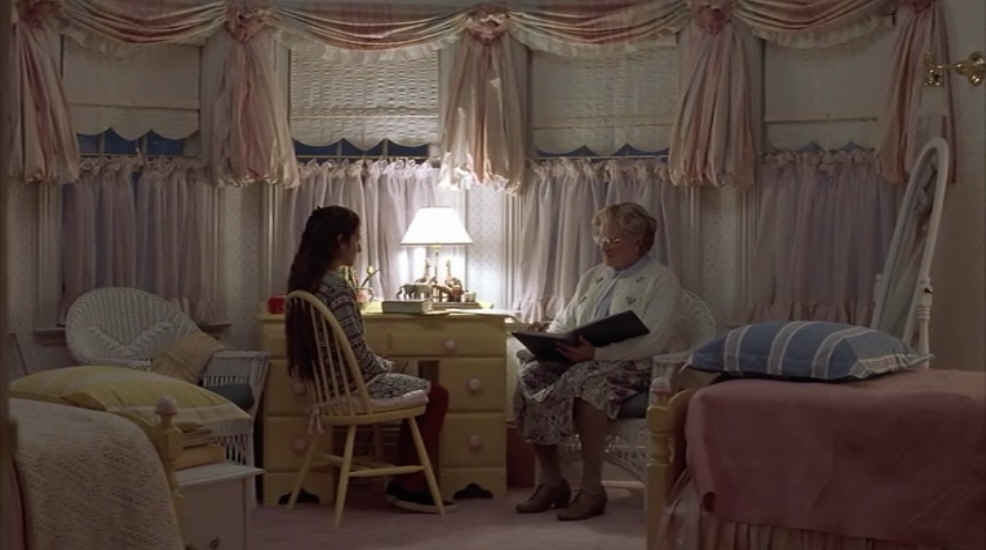 Convey Your Little Girl S Personality Through Her Bedroom: Mrs. Doubtfire Are We Still A Family?